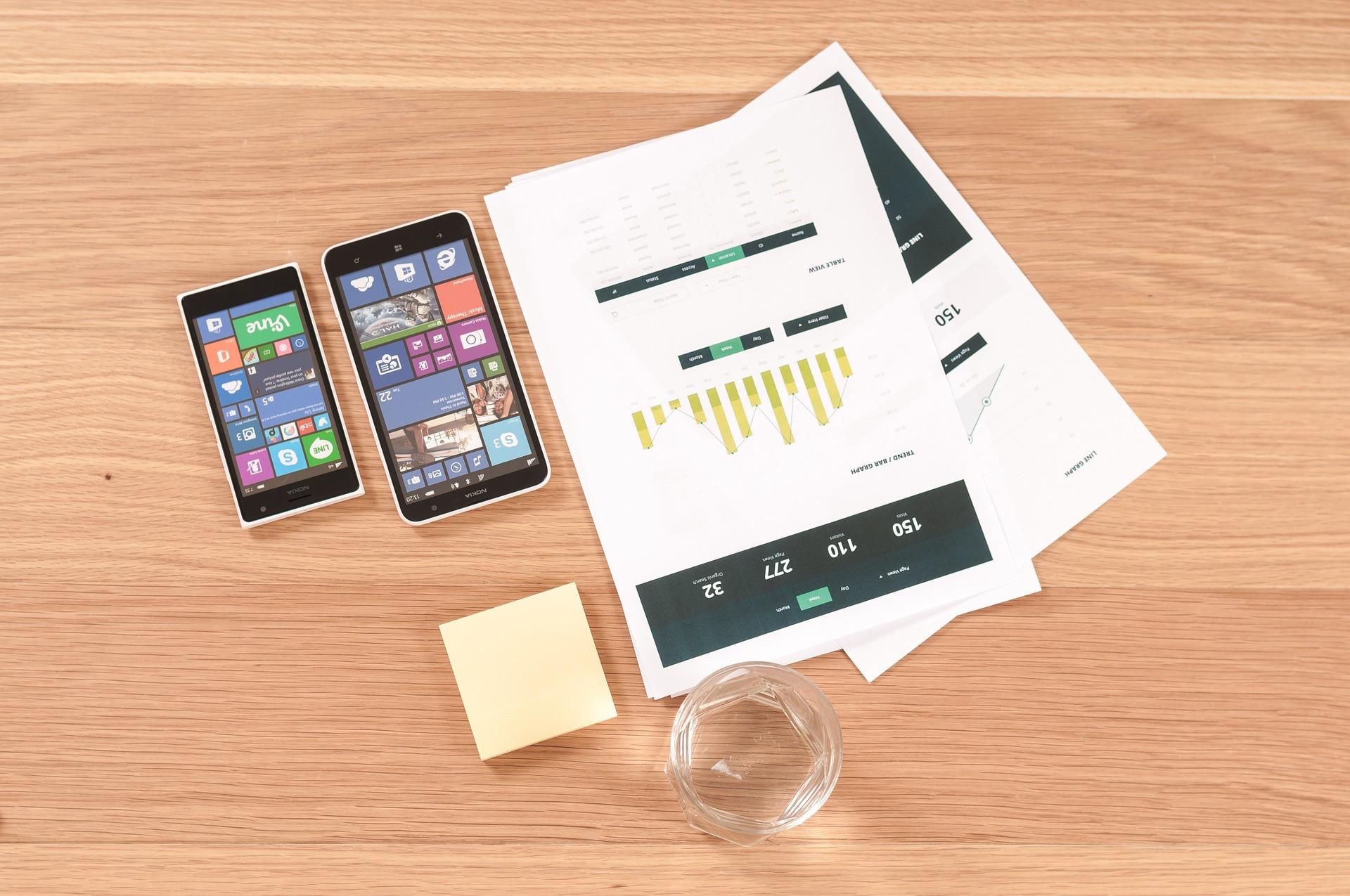 האם לקחת יועץ עסקי – מדריך לעצמאי העייף מהוצאות